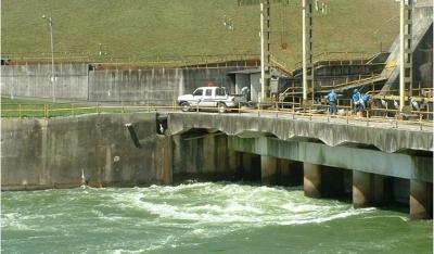 Represa Billings - SBC/SP Projeto do revestimento do canal de adução e de reforço do muro de ala
